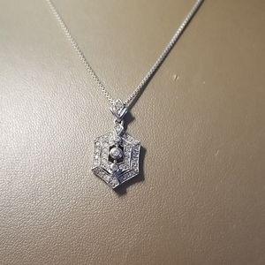 Jewelry - GORGEOUS DIAMOND NECKLACE